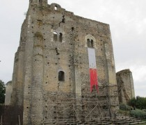 Donjon de Montbazon, XIe siècle. Cliché Maer Taveira.