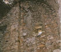 Rainure du château de Mila. Crédits : Martine Breuillot