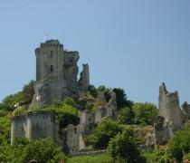 France_Loir-et-Cher_Lavardin_chateau_01